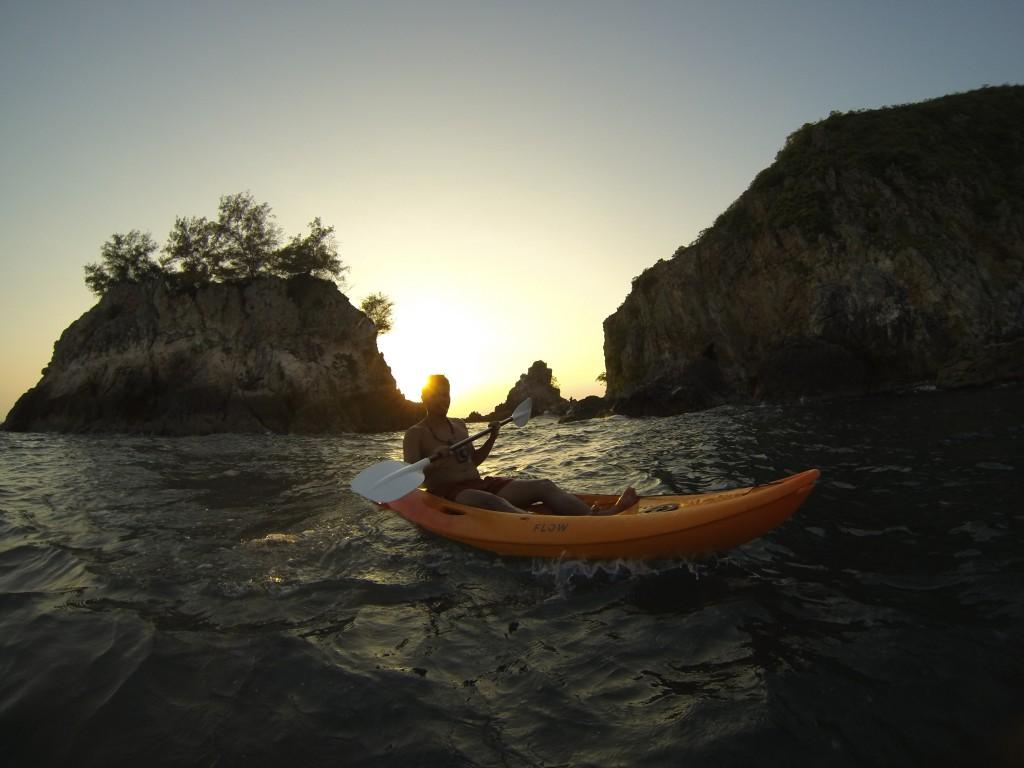 Kayaking Rawa Island