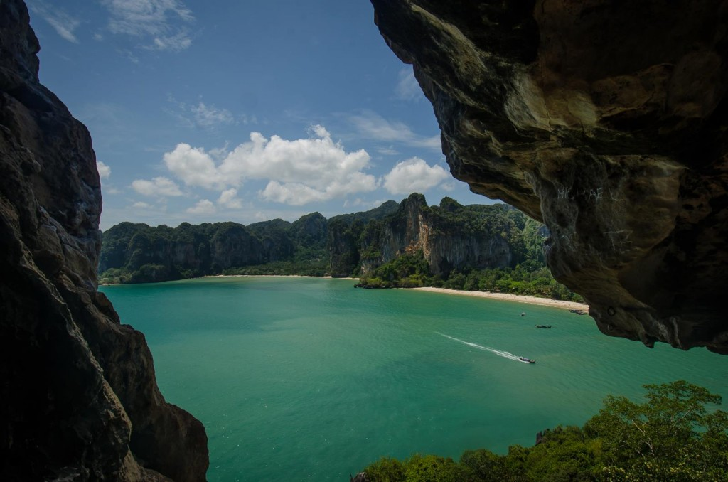 Thaiwand Wall Cave Opening to Railay West