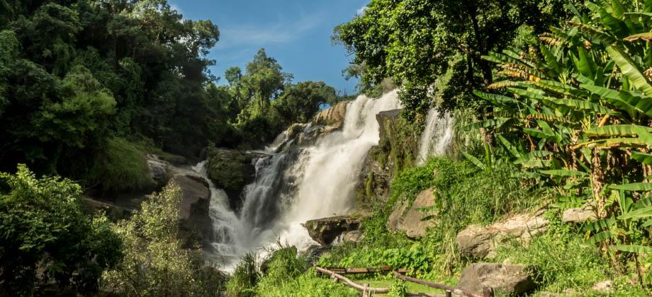 >Mae Klang waterfall