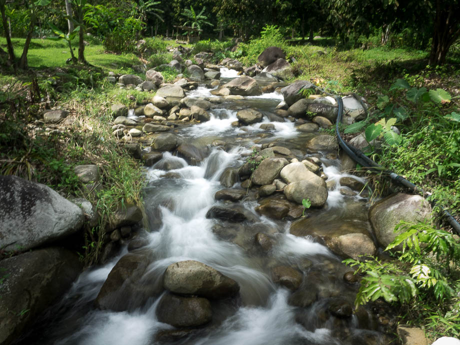 Lepoh Waterfall River Crossing
